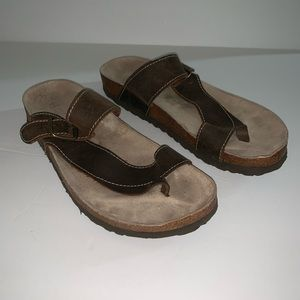 White mountain Carly leather sandals brown 9.5
